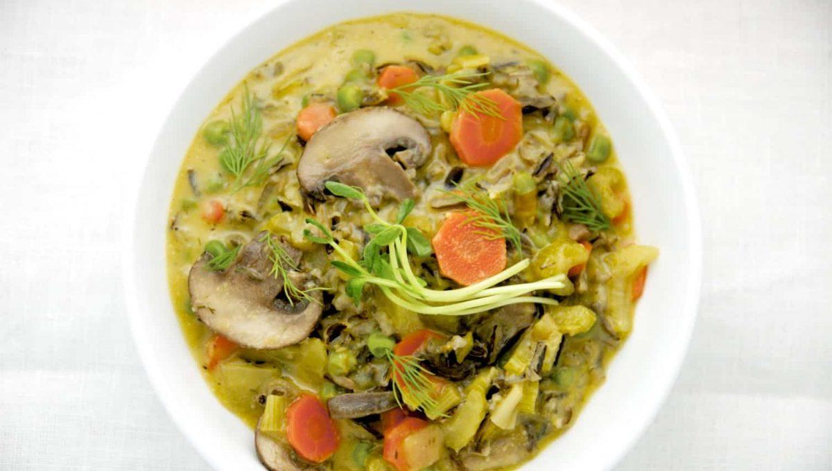 Creamy Wild Rice Mushroom Soup with Peas 1