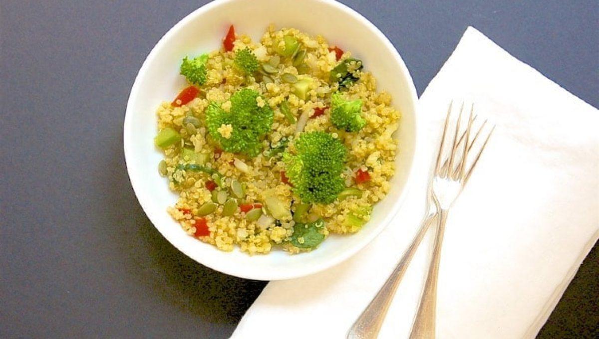broccoli and spinach quinoa salad 1